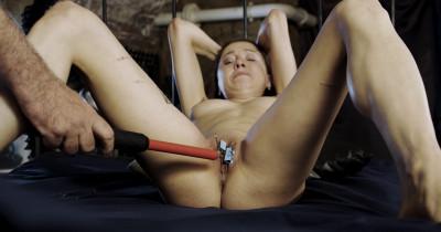 Tough BDSM games for Mishelle