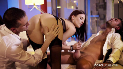 Hard dp for claire caste at a very hot party