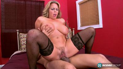 Amber Lynn Bach gets her huge