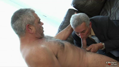 Older4Me - Tying The Knot Aslan, Rocky Bear