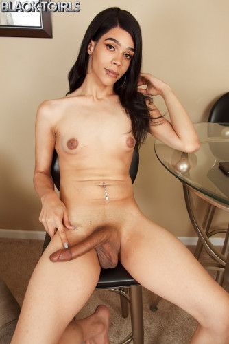 Raven Babe's Hot Climax