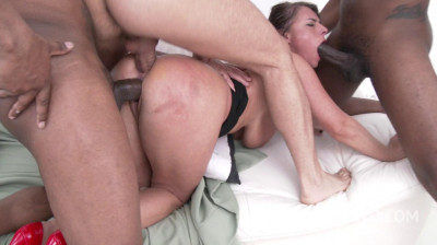 Sexy Susi gangbanged by three monster cocks with DP