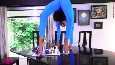 Giovanna - An unusual game of chess