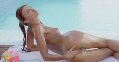 Melena Maria - Pool Time FHD