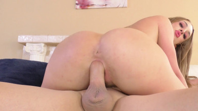 Convinces Her Stepdad To Let Her Eat His Butthole