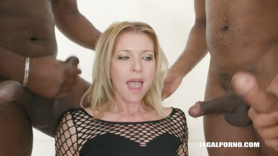 Sindy Rose is back for more anal sex creampie