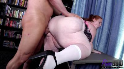 BBW escort has got the goods - Julie Ginger