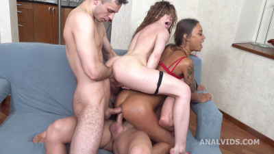 Wild Russian Babes Gets Crazy Orgy With DAP & Fisting
