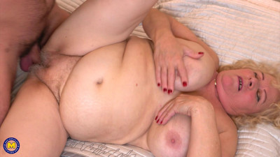 Naughty MILF Bbw Doing Men In Her Free Time