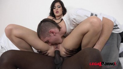 Interracial cuckold experience with stupid boyfriend