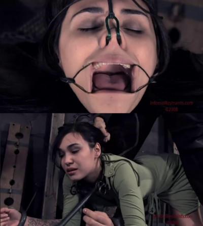 Description Tight bondage, strappado, spanking and torture for hot brunette