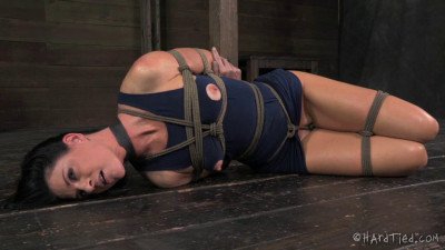 Description CruelBondage - India Summer