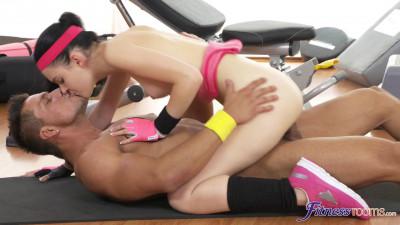 Anie Darling: Workout Orgasm