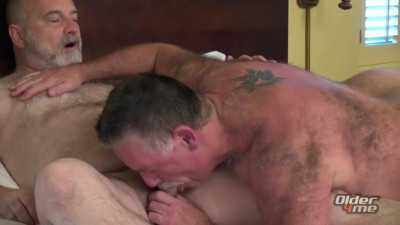 Older4me - Daddy on Daddy Raw