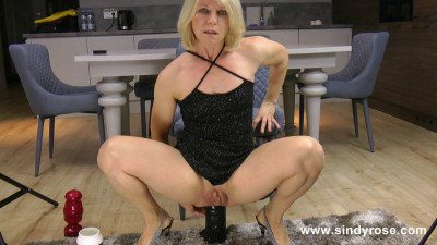 Sindy Rose fuck her ass with two huge anal plugs until she prolapse