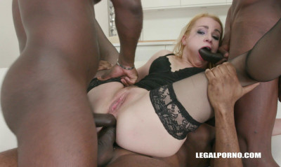 Rebecca Sharon likes double anal orgy with 8 black guys