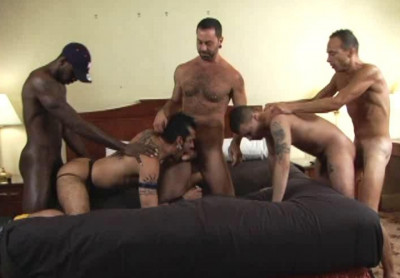 Pump & dump gangbang party