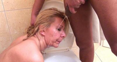 Milf Toilet Slut 30!