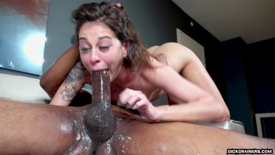 Kacie Castle (She Asked Me To Come Over & Chill)1080p