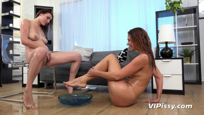 Ani Black and Victoria Daniels Leggy Brunettes (2017) (fun, download, piss, dress, friend)