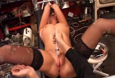 Press pussy lips and water torture (2014)