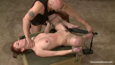 Working for Orgasms(Derrick Pierce, Riley Shy)