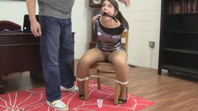 Adara Jordin & Elizabeth Andrews : Girlfriend Double Cross Hogtie