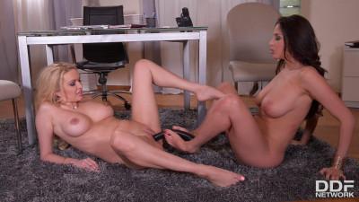 Amber Jayne & Anissa Kate