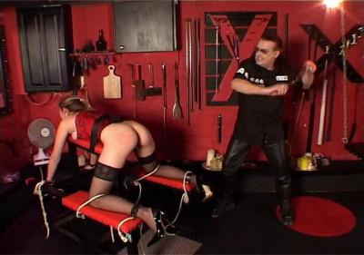 Masters Slavegirl gets Spanked