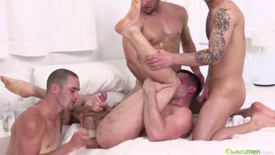 Aries, Bay, Glenn and Vander