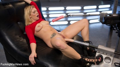 Stunning Blonde Babe Gets Fucked Into Oblivion