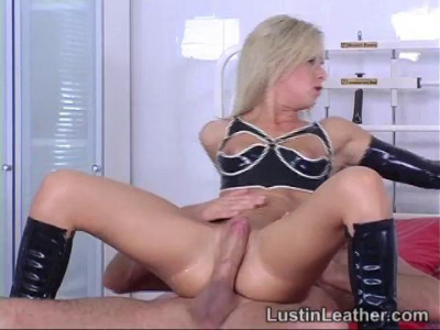 Anal Rubber Romp