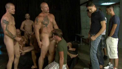 Frat Boys In Gangbang Party
