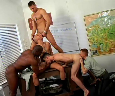 Amazing orgy with few good men