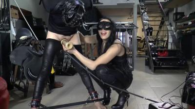 Mistress Gaia Milk Cum
