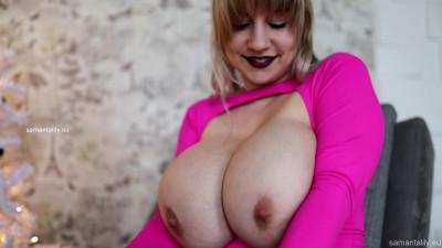 Huge tit milf russian in pink tshirt teasing herself
