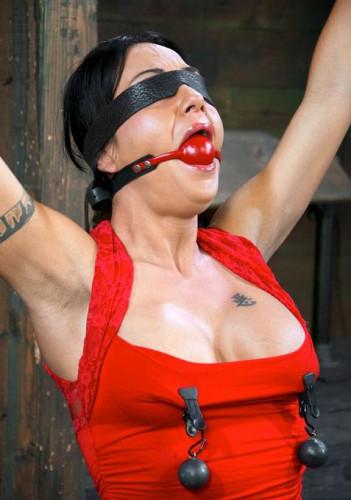Mahina Zaltana Go Hard In BDSM Porn