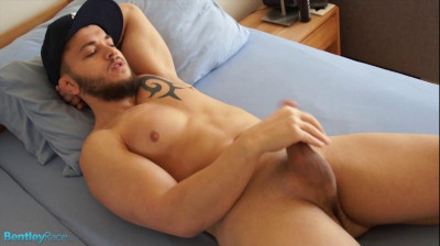 Bentley Race — My jacking straight mate David Ivan in his first nude video