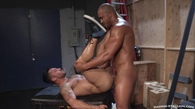 Backstage Pass Scene 2: Bruno Bernal & Jason Vario