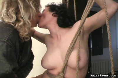 Painvixens - Oct 06, 2009 - Ropes and Kisses