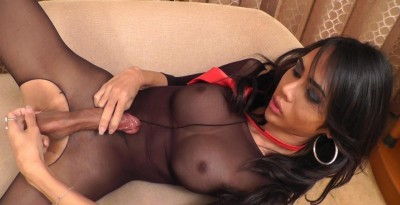 Long Mint – Red Tie Cum