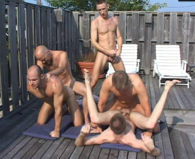 Description Summer Orgies With Powerful Males