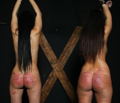 Elite Club – Two Girls In Pain