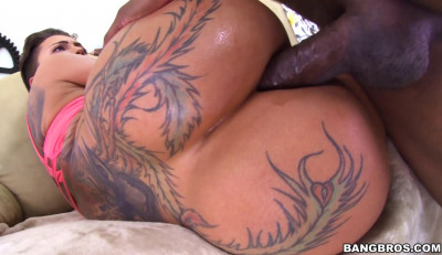 Phat Ass Tattoed Babe Ass Fucked By Black Monster Cock