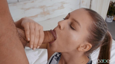 Mia Split – Training with Mia