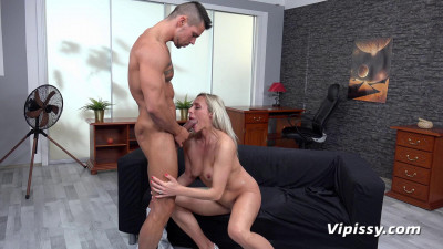 Brittany Bardot - Wet Therapy