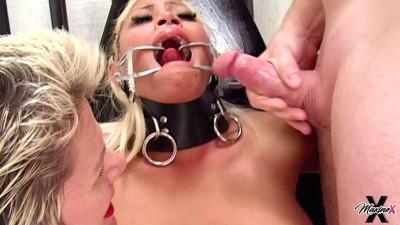 Goddess Heather, Maxine X – Fucked Hard By Female Bodybuilder Part 2 (2020)
