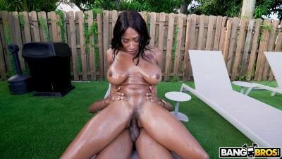 Description Busty Ebony Sarai Minx Fucks By The Pool