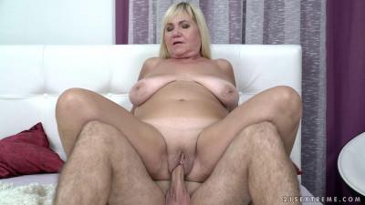 Networks — Granny Pam's Big Tits
