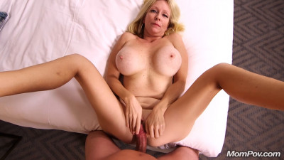 Gorgeous blonde milf first timer